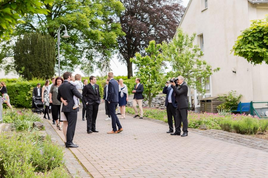 Hochzeit Auf Burg Pyrmont Kirchliche Trauung In Kaifenheim